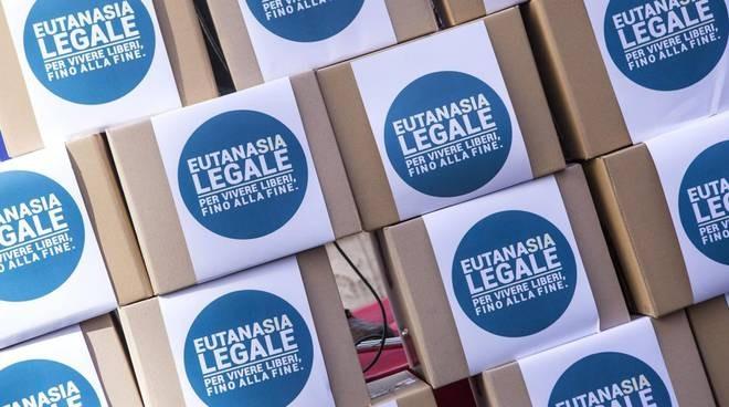 Al via la mobilitazione per l'eutanasia legale