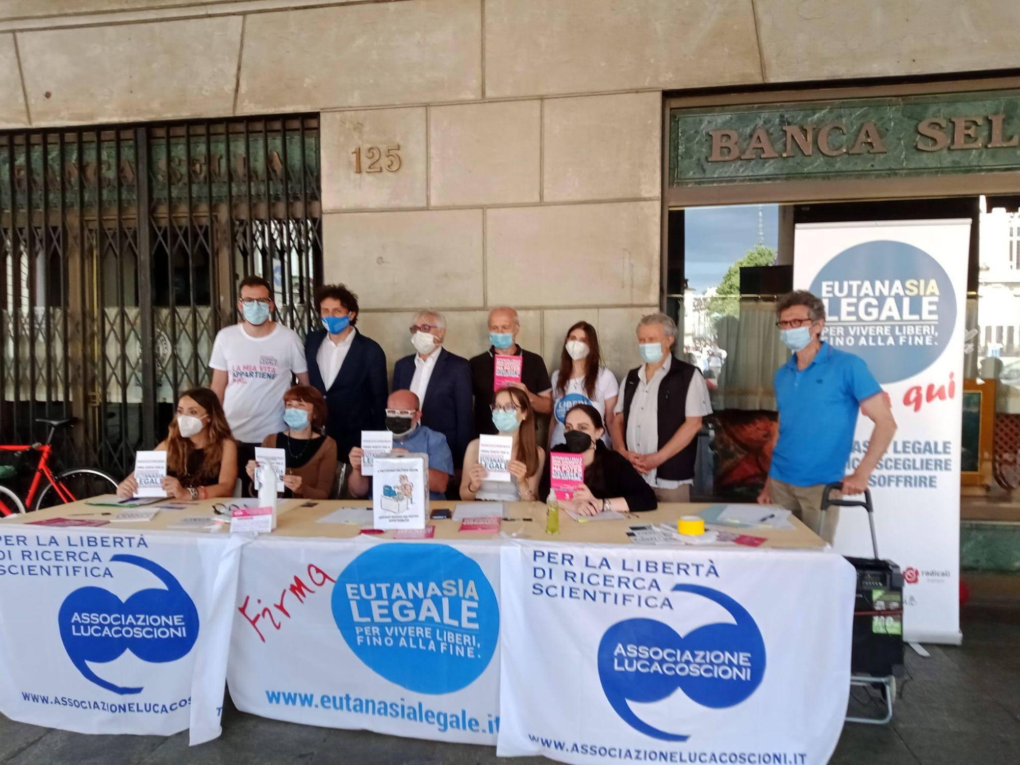 Al via la raccolta firme per il referendum eutanasia: sabato 19 conferenza stampa e banchetto